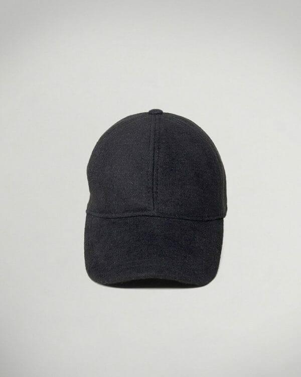 black wool hat for men , Men's Fashion , Casual Man look